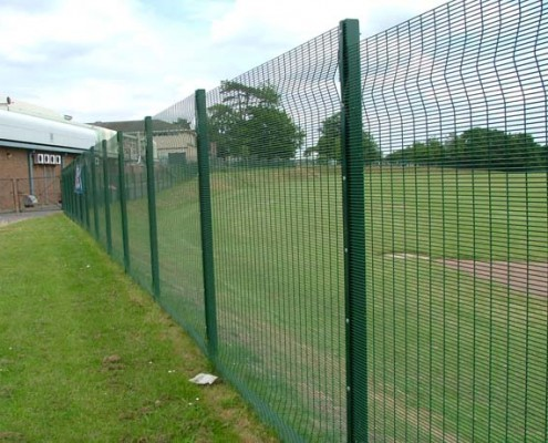Anti climb security mesh fencing