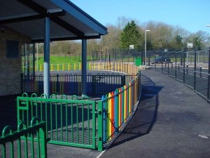 Hoop top coloured metal school fencing