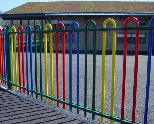 Hoop top metal coloured fencing