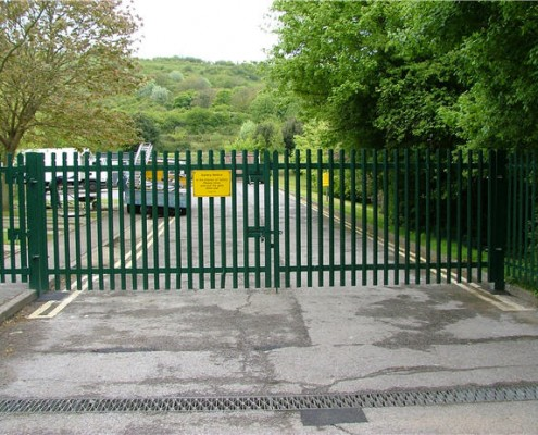 Steel palisade security gates