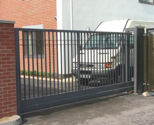 Vertical Bar Cantilever Sliding Gate