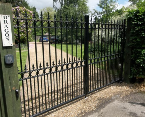Automated metal drive gates