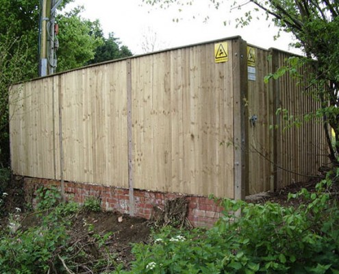 Closeboard fencing on concrete posts