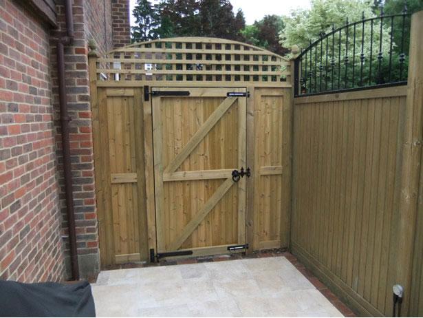 Fencing & Gates - Tonbridge Fencing