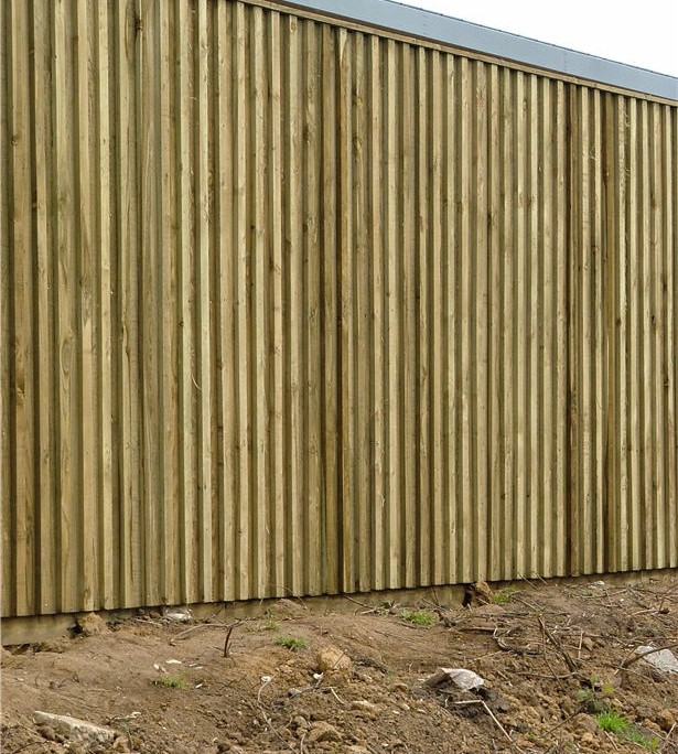 acoustic sound reflextive fence 2.4 meters tall
