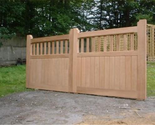 bespoke hardwood entrance gate