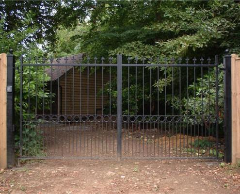 ornate automated drive entrance gates