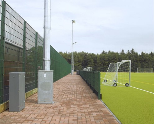 sports fencing with spectator barrier